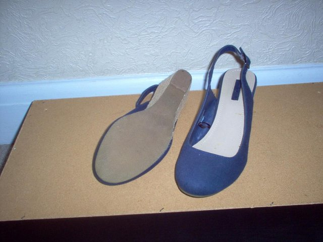 Preview of the first image of Ladies Navy Sling-Back Shoes..