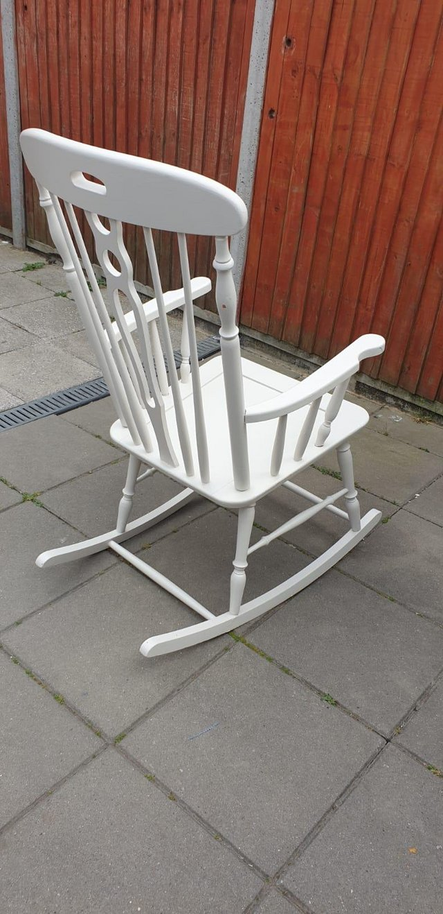 Image 6 of Vintage ercol type Rocking armchair