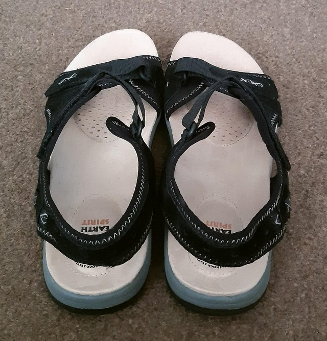 """Image 4 of Womens New Earth Spirit """"Frisco"""" Black Sandals - Size 9"""
