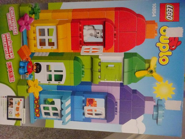 Image 2 of Boxed Duplo 120 piece House and Mini Figure Set 10854