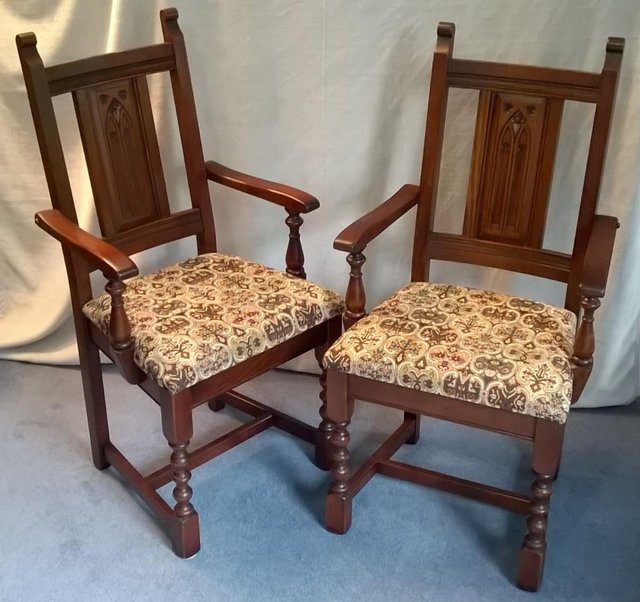 Image 3 of 8 OLD CHARM WARWICK DINING CHAIRS incl 2 CARVERS SOLID OAK