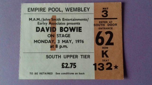 Image 2 of 1976 David Bowie UK 'Isolar' Tour Programme and concert stub