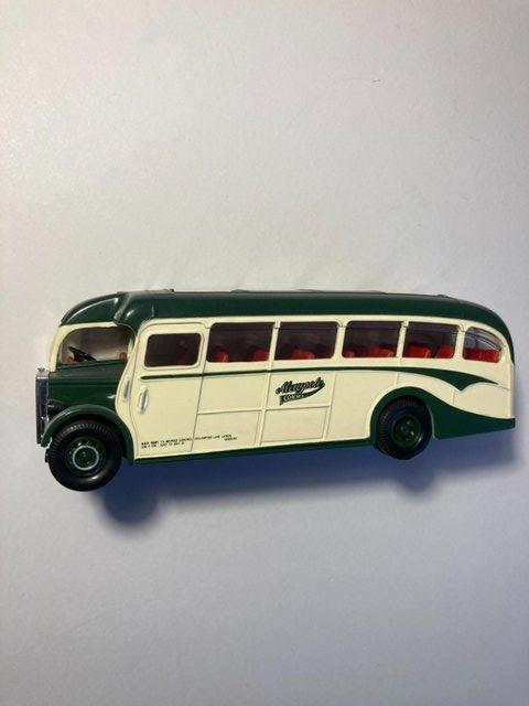 Image 3 of Very rare Collectors model of Maypole coach from Latham