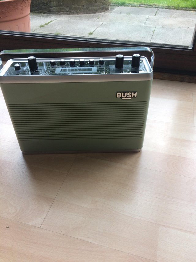 Preview of the first image of Bush classic radio.