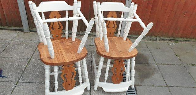 Image 5 of Farmhouse style dining table and chairs