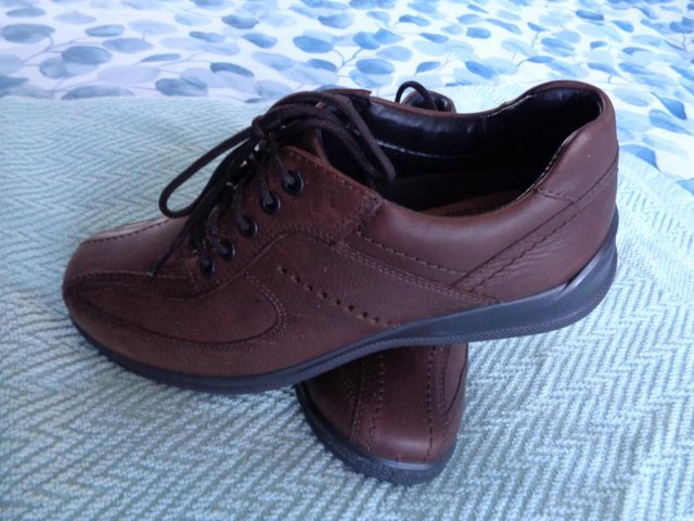 Image 3 of ( NEW ) MENS   SHOES  SIZE  UK  7. HOTTER.