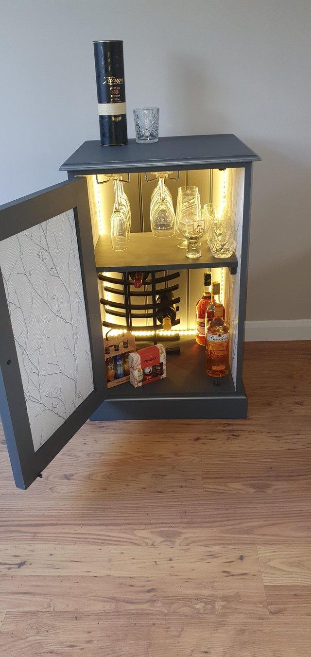 Image 2 of Drinks cabinet