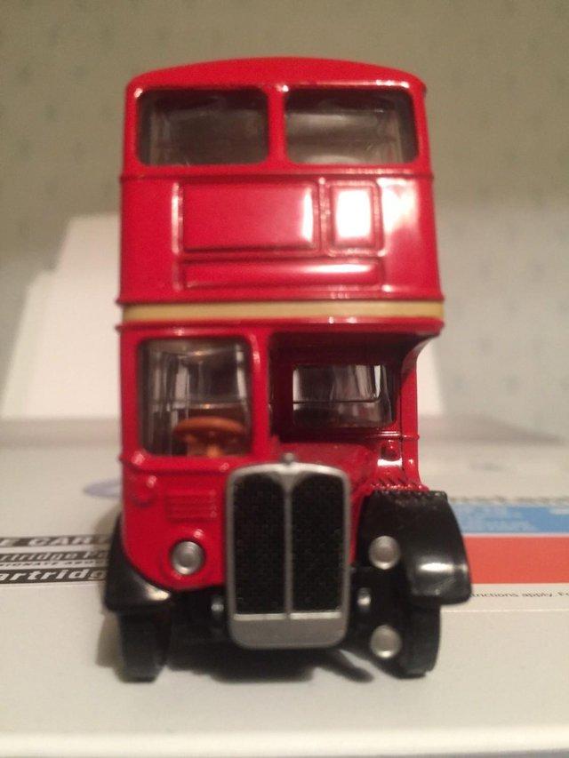 Image 3 of MODEL BUS: LONDON TRANSPORT AEC REGENT