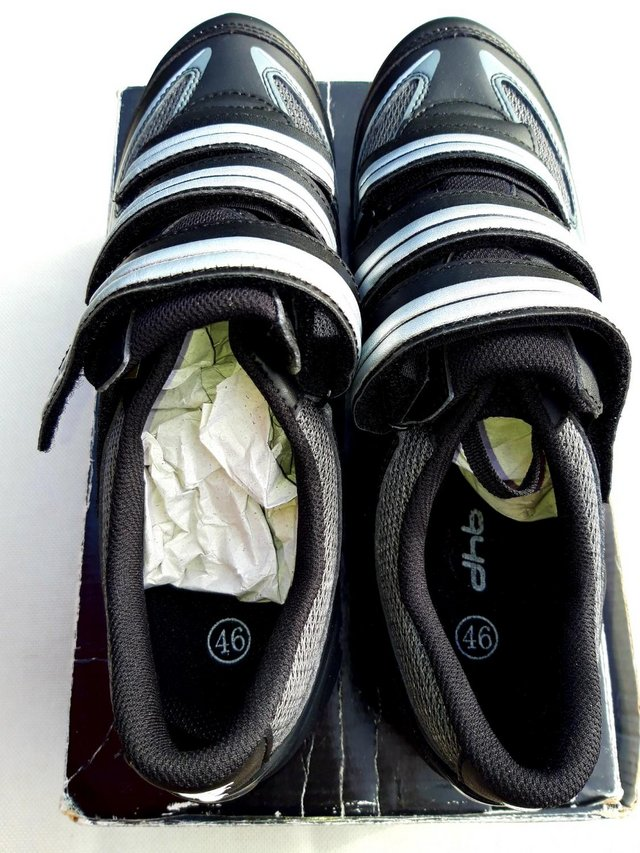 Image 2 of dhb cycling shoes