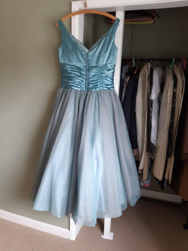 Image 6 of Gorgeous evening gown size 14 by Lou Lou