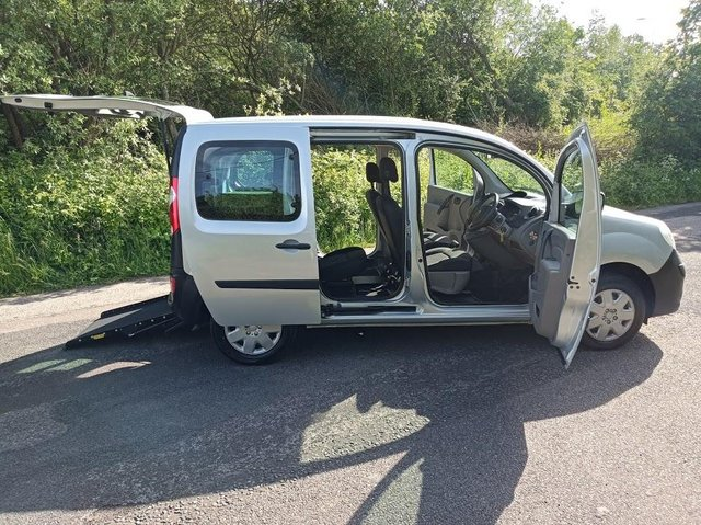 Preview of the first image of Wheelchair Access Automatic Petrol Mobility Renault Kangoo.