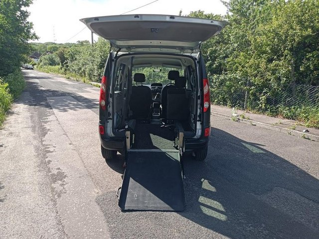 Image 4 of Wheelchair Access Automatic Petrol Mobility Renault Kangoo
