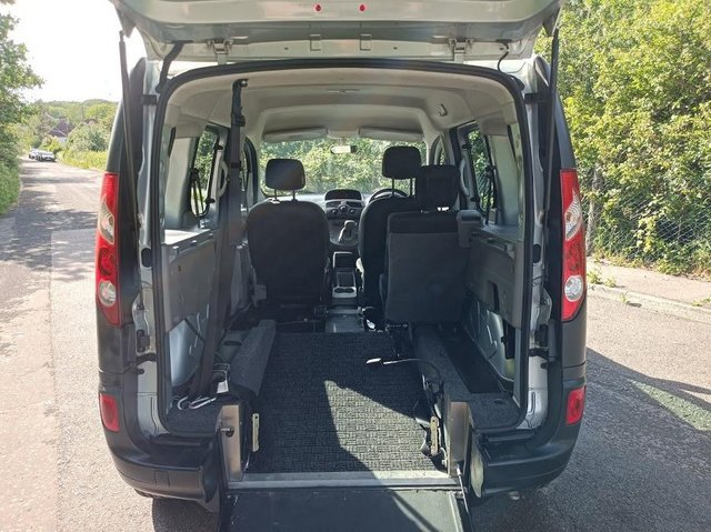 Image 9 of Wheelchair Access Automatic Petrol Mobility Renault Kangoo