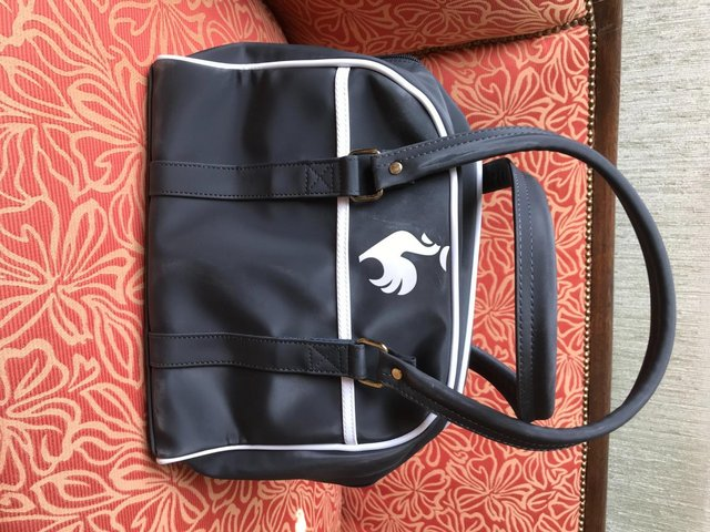 Preview of the first image of Handbag Le Coq Sportif.