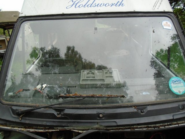 Preview of the first image of Renault trafic  T series Front  Winscreen.