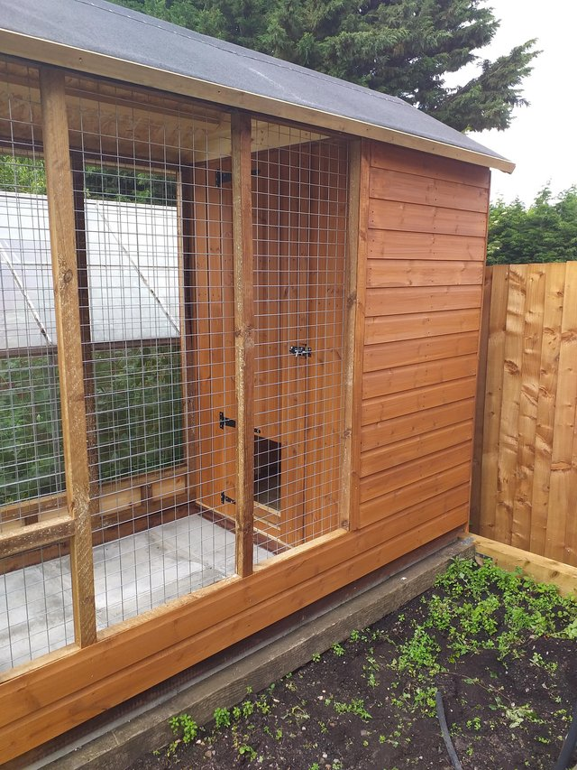 Image 2 of 8x4 apex dog kennel and run