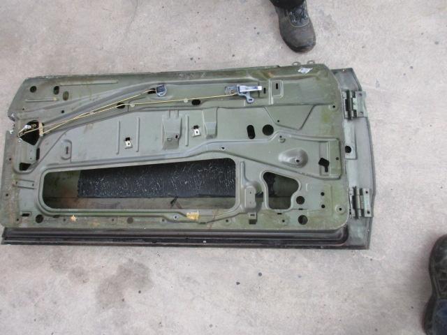 Image 3 of Left door for Mercedes w123 coupè