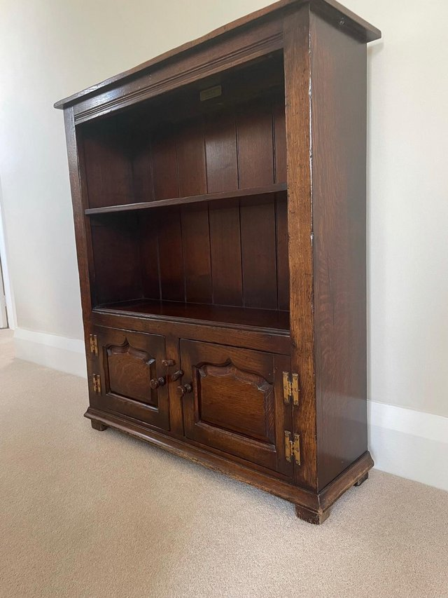 Preview of the first image of Titchmarsh and Goodwin bookcase.