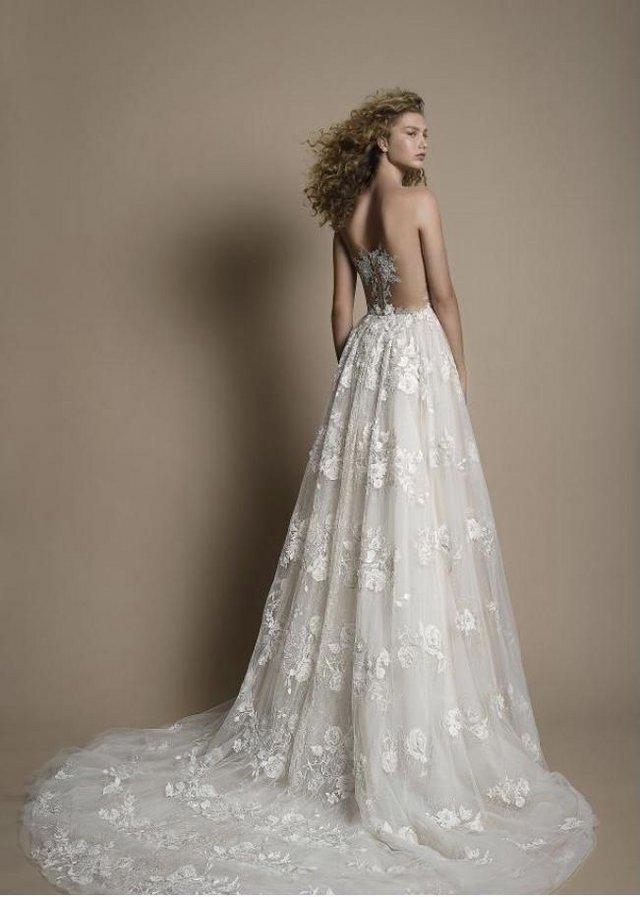 Image 2 of Wedding dress Galia Lahav G103 GALA