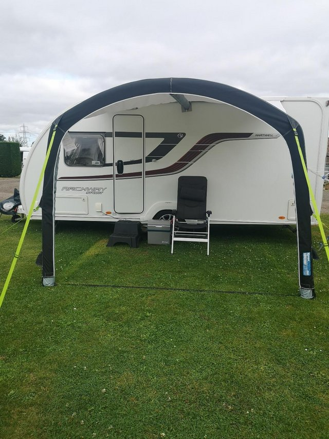 Preview of the first image of Kampa Sunshine Air Pro 300 sun canopy.