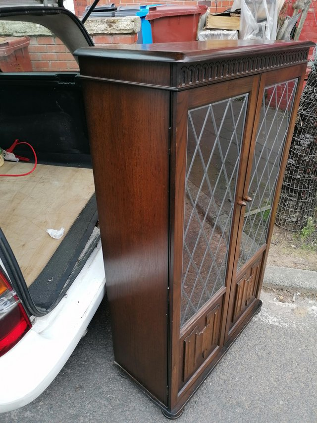Image 5 of A good oak leaded glass fronted bookcase in priory manner