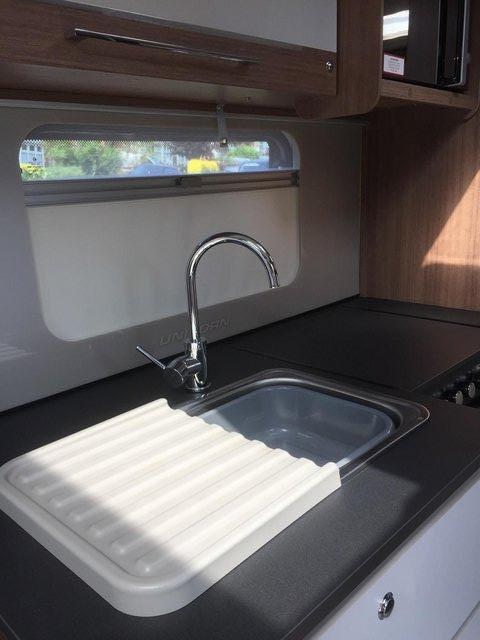 Image 4 of Bailey Unicorn Valencia 2019 4 berth fixed bed - immaculate
