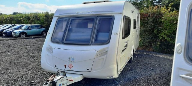 Image 2 of 2008 Swift Challenger 530, 4 Berth, End Washroom, Movers