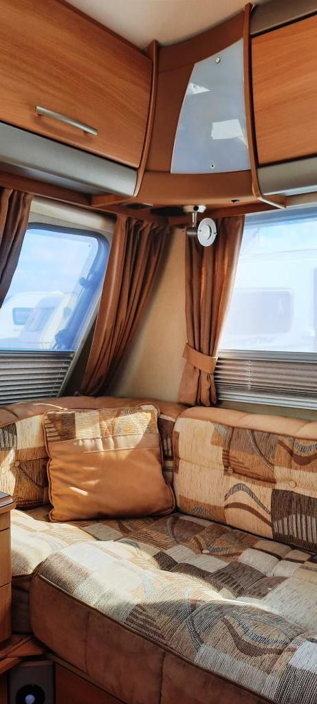 Image 4 of 2008 Swift Challenger 530, 4 Berth, End Washroom, Movers