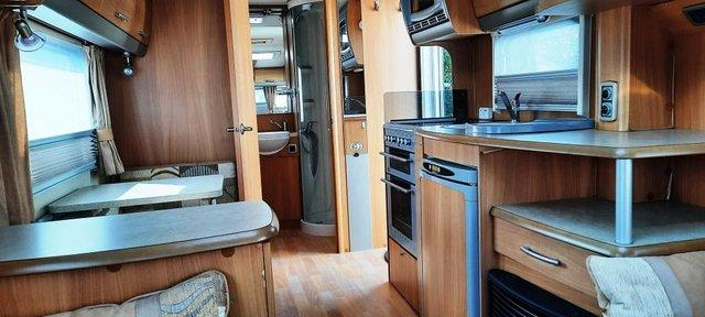 Image 7 of 2008 Swift Challenger 530, 4 Berth, End Washroom, Movers
