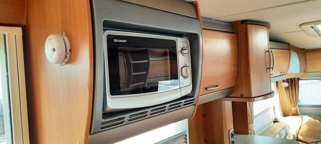 Image 9 of 2008 Swift Challenger 530, 4 Berth, End Washroom, Movers