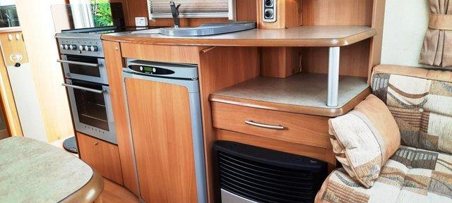 Image 13 of 2008 Swift Challenger 530, 4 Berth, End Washroom, Movers