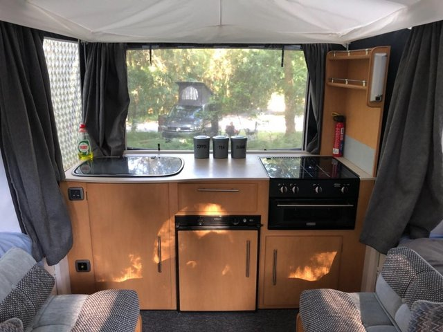 Image 3 of Pennine Conway countryman Folding Camper