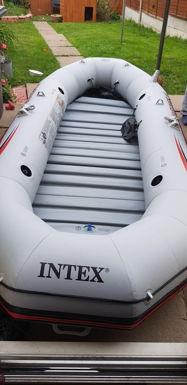 Image 2 of Large 3 man inflatable dinghy. Used once.