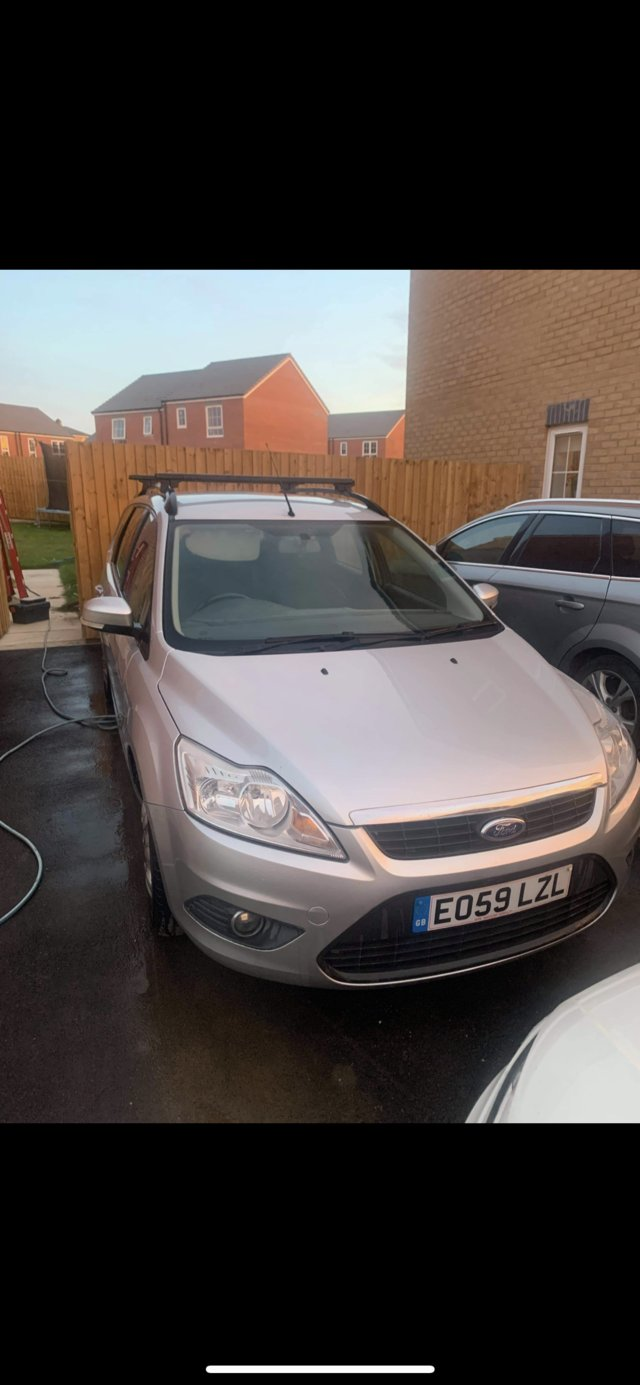 Image 3 of Ford Focus Estate for sale 09 plate