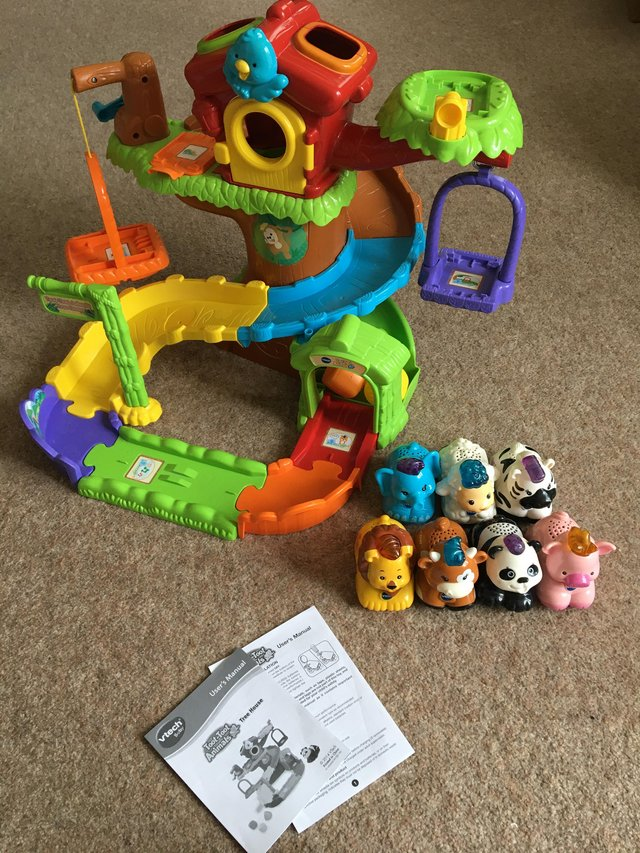 Preview of the first image of Toot-toot animal tree house with 7 toot toot animals.