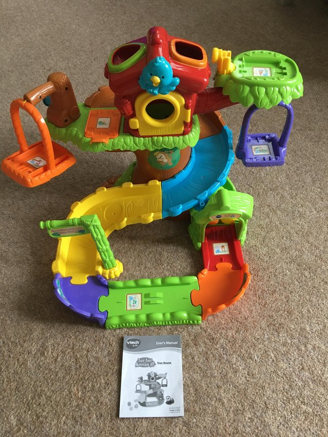 Image 2 of Toot-toot animal tree house with 7 toot toot animals