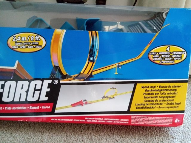 Preview of the first image of Hot Wheels G force stunt set with cars.