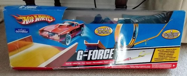 Image 3 of Hot Wheels G force stunt set with cars