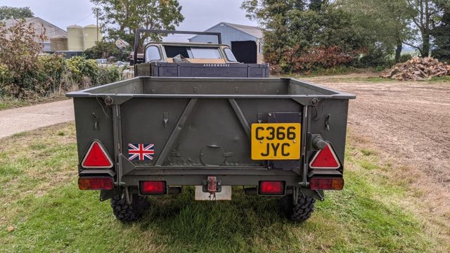 Image 10 of Land Rover Defender 110 XS 2.4 TDCi County Station Wagon