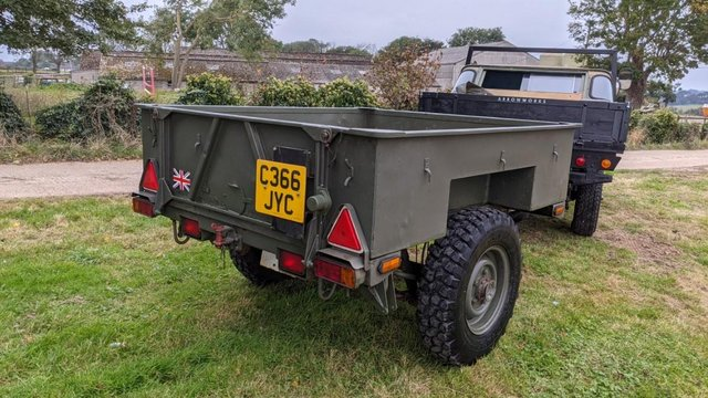 Image 12 of Land Rover Defender 110 XS 2.4 TDCi County Station Wagon