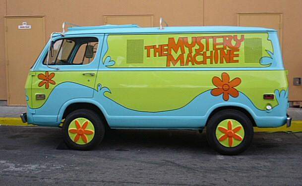 scooby doo mystery machines