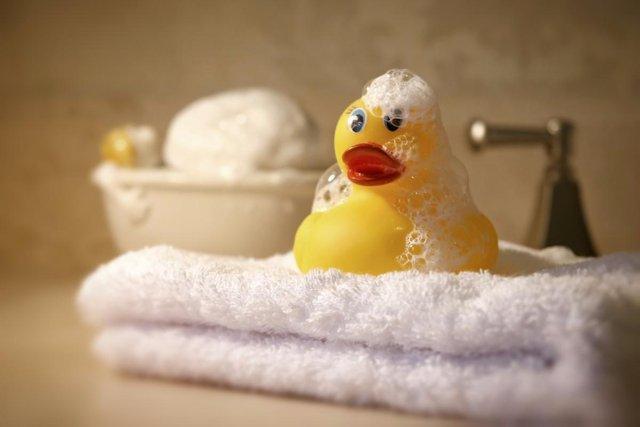 duck bathtub